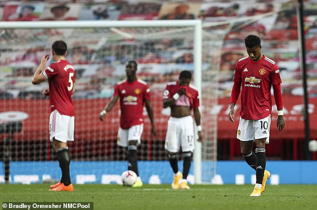 Vòng luẩn quẩn tái diễn, Man United lại chuẩn bị sa thải Solskjaer - Ảnh 1.