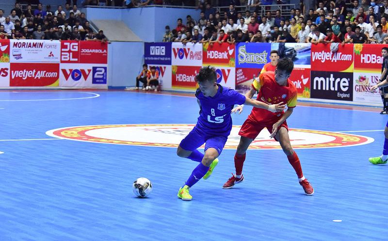 Đội bóng Việt Nam bất ngờ lọt top 10 CLB thế giới, cạnh tranh giải thưởng với Barcelona