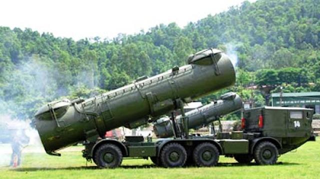Tên lửa P-35 của tổ hợp Redut có tầm bắn tới 550 km