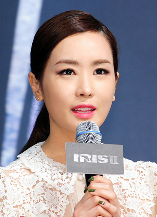 """Lee Da Hae """"xứng danh"""" Nữ hoàng dao kéo xứ Kim Chi 5"""