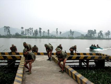 Bộ đội Đoàn Đặc công Hải quân 126 trong giờ luyện tập