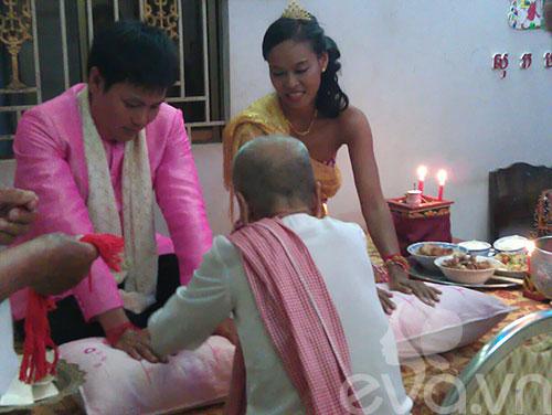 Đám cưới Khmer của HH biển Lâm Thu Hằng - 3