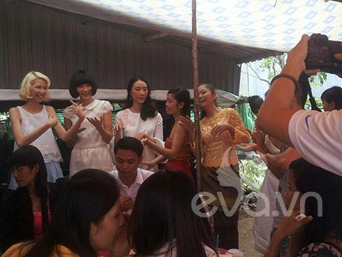 Đám cưới Khmer của HH biển Lâm Thu Hằng - 10