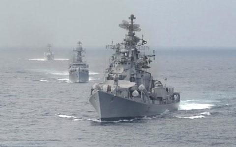 Lực lượng được trang bị đủ chủng loại tàu, gồm tàu sân bay, khu trục hạm, khinh hạm, hộ tống hạm, tàu ngầm, tàu đổ bộ, tàu vận tải…