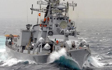 Tàu khu trục tên lửa lớp Rajput (5 chiếc) có lượng giãn nước 5.000 tấn, trang bị 8 tên lửa hành trình đối hạm siêu thanh BrahMos – một trong những vũ khí diệt hạm nguy hiểm nhất thế giới.