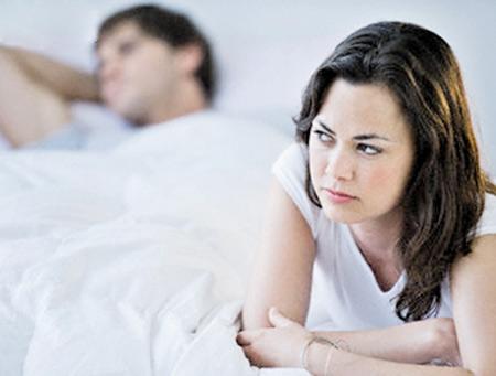 Chồng ngủ với gái, tôi ngủ với trai - 1