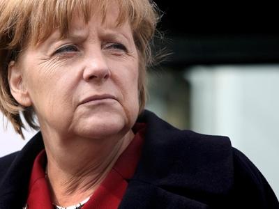Bà Merkel