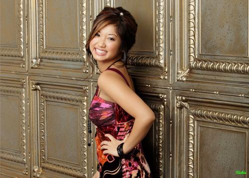 Mỹ nhân gốc Việt khuynh đảo showbiz thế giới - 5