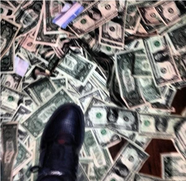 Choáng với loạt ảnh vung tiền như rác của dàn sao bóng rổ Mỹ 15