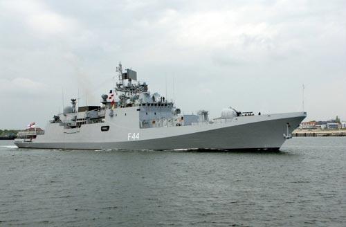 Tàu khu trục nhỏ Đề án 1135.6 gần như lấp đầy tất cả các lỗ hỗng trong năng lực tác chiến của Hải quân Việt Nam.