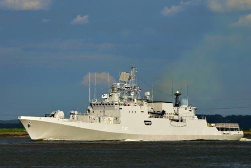 Tàu khu trục nhỏ lớp Talwar xuất khẩu cho Ấn Độ sử dụng tên lửa chống hạm 3M54E Club-N có đơn giá khoảng 350 triệu USD. Nếu sử dụng tên lửa BrahMos đơn giá tăng lên khoảng 530 triệu USD.