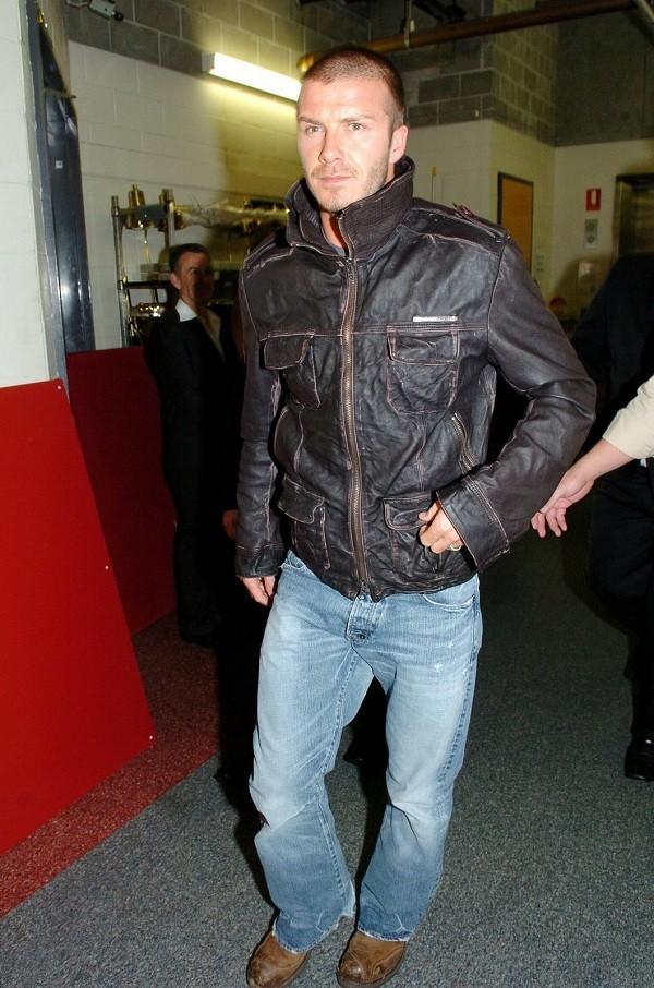 Bí quyết diện jeans của Beckham 18