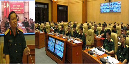 Thượng tướng Đỗ Bá Tỵ, Ủy viên Trung ương Đảng, Ủy viên thường vụ Quân ủy Trung ương, Tổng Tham mưu trưởng, Thứ trưởng Bộ Quốc phòng chủ trì hội nghị.