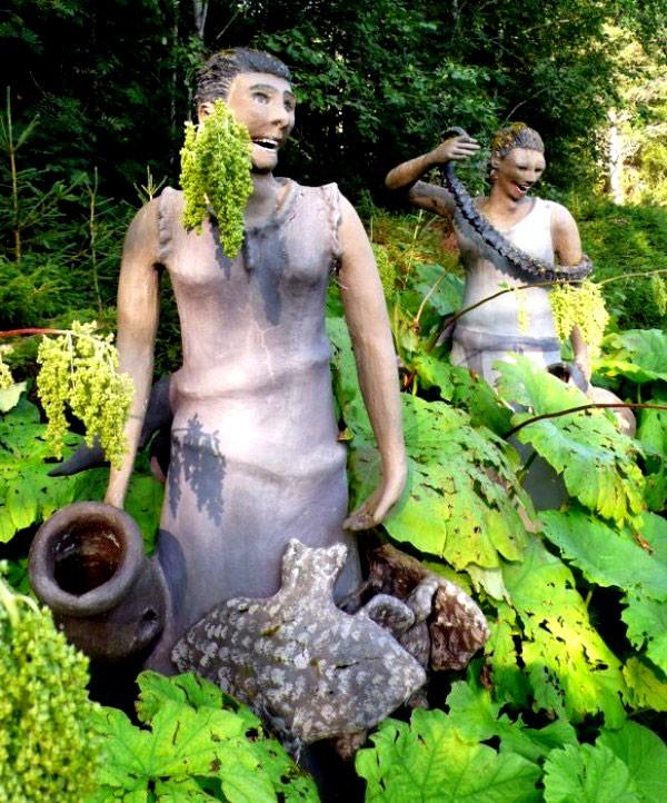 """Những khu vườn tượng ma quái khiến bạn """"choáng váng"""" 3"""