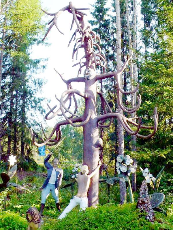 """Những khu vườn tượng ma quái khiến bạn """"choáng váng"""" 5"""