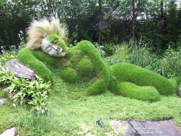 """Những khu vườn tượng ma quái khiến bạn """"choáng váng"""" 21"""