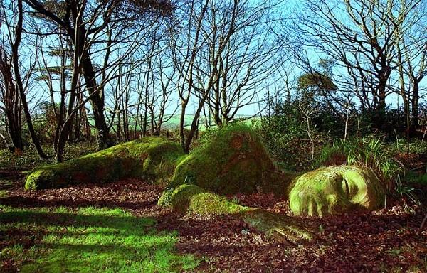"""Những khu vườn tượng ma quái khiến bạn """"choáng váng"""" 24"""