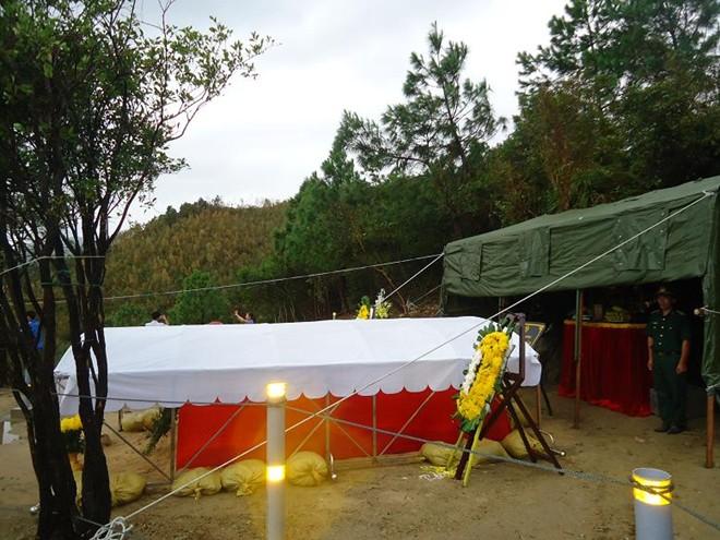 Tiểu đội đặc biệt bảo vệ khu mộ Tướng Giáp