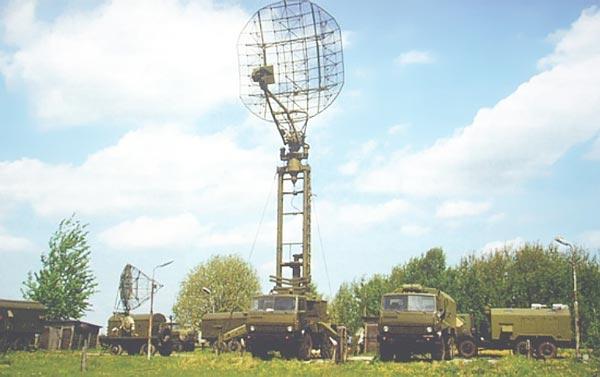 Radar nhìn vòng bắt thấp 3 tham số 39N6 Kasta-2E2 chuyên thực hiện nhiệm vụ phát hiện các mục tiêu bay thấp như tên lửa hành trình, máy bay không người lái. Phạm vi trinh sát tối đa 150km, radar này có khả năng phát hiện mục tiêu bay ở độ cao dưới 100m từ khoảng cách tới 55km.
