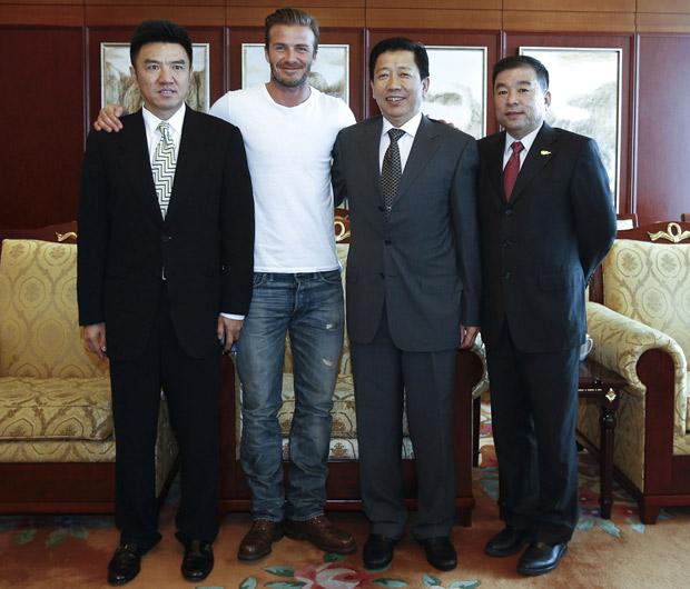 Chụp ảnh với những người bạn Trung Quốc