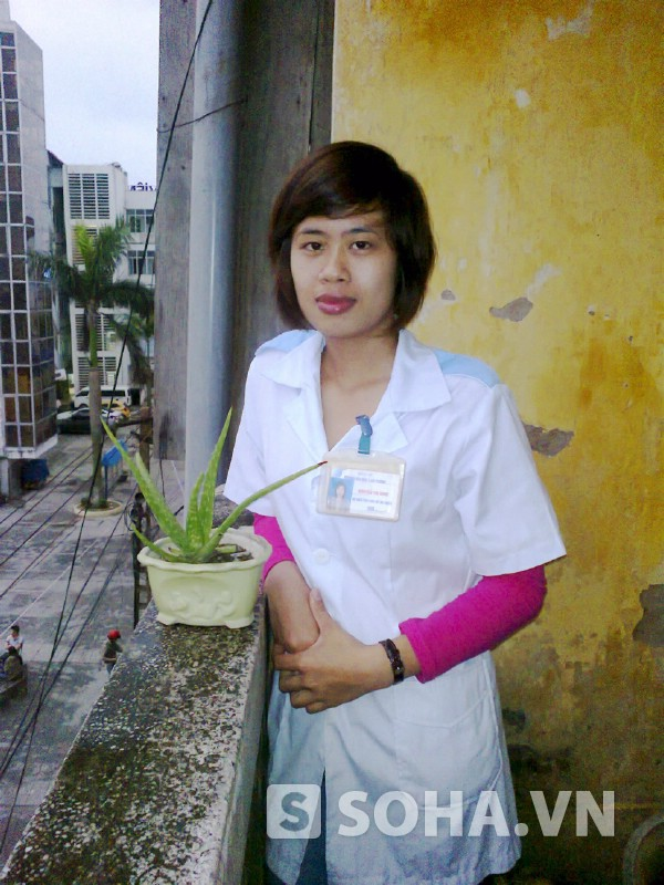 Nguyễn Thị Dinh (Y6, ĐH Y Hải Phòng) mong muốn được cống hiến, giúp đỡ bà con vùng sâu, vùng xa bằng sức trẻ của mình sau kh ra trường.