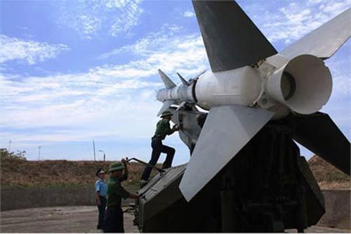 Ngày nay, phòng không Việt Nam chủ yếu sử dụng biến thể cải tiến S-75M Volga.