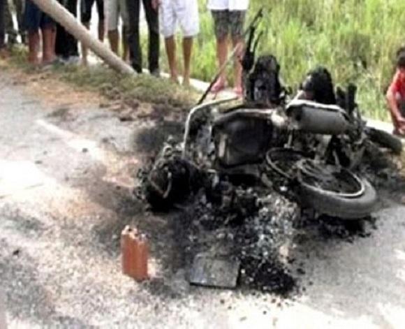 Nhiều vụ kẻ trộm chó bị người dân đánh chết, đốt xe