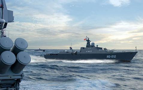 Tàu Đinh Tiên Hoàng và Lý Thái Tổ tuần tra trên biển