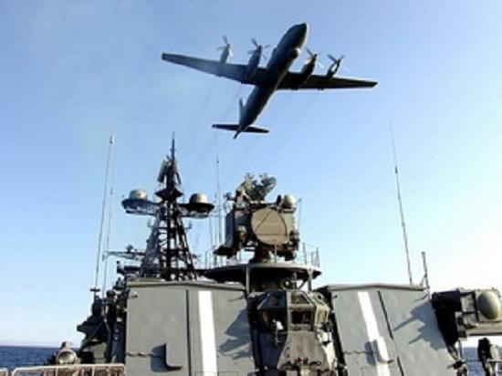 Máy bay ném bom chiến lược Tu-95MS tham gia cuộc tập trận