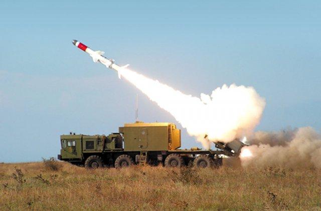 Tổ hợp tên lửa phòng thủ bờ biển tầm trung Bal-E với tên lửa Kh-35 sẽ là một lựa chọn tối ưu cho Hải quân Việt Nam