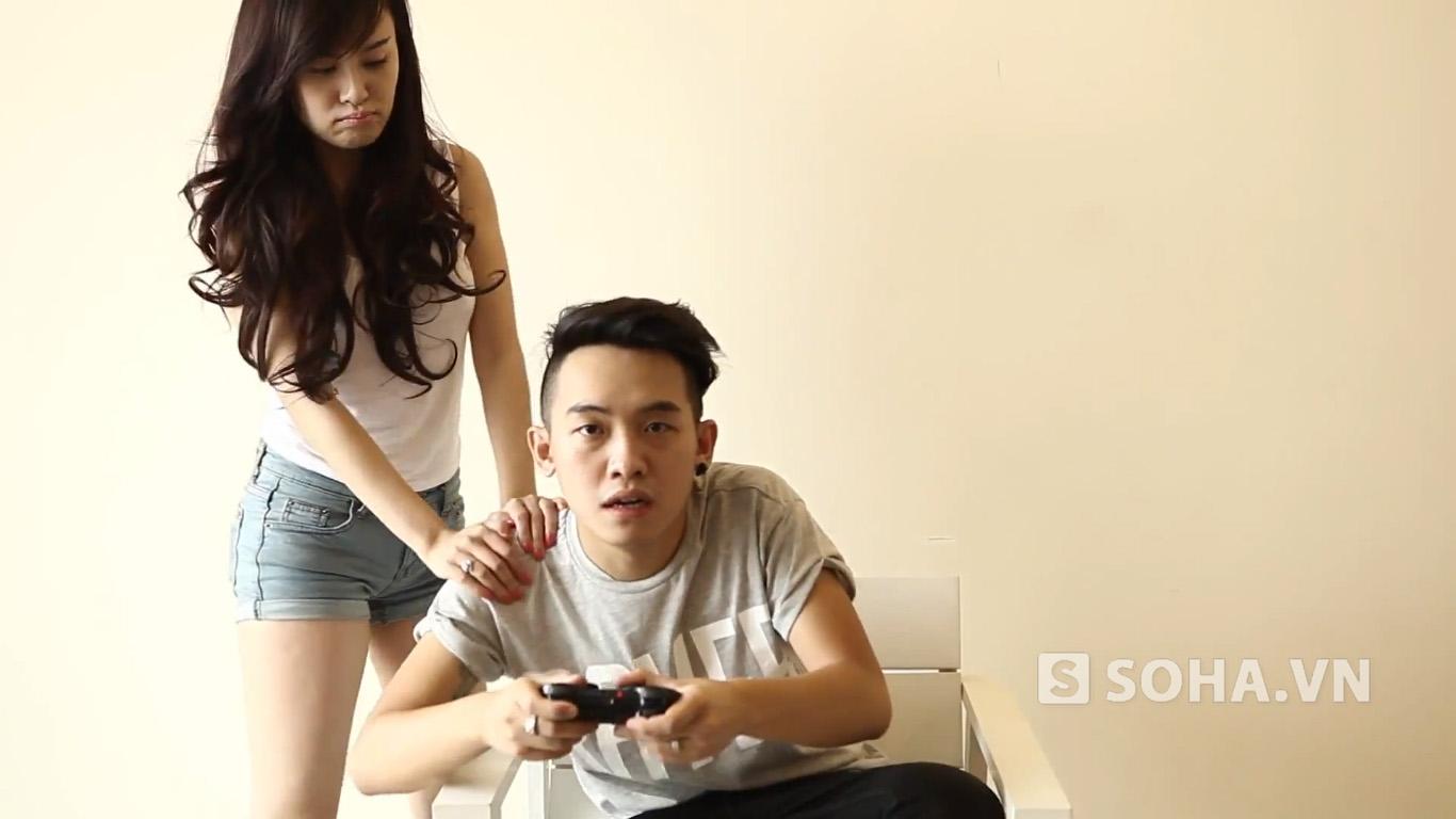 Bà Tưng xuất hiện trong lý do mê game.