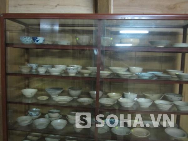 Rất nhiều chiếc bát cổ được trưng bày tại bảo tàng có giá trị rất lớn về mặt tinh thần.