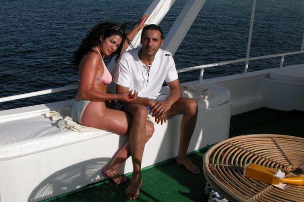 Mutassim Gaddafi và một chân dài trên du thuyền hạng sang.