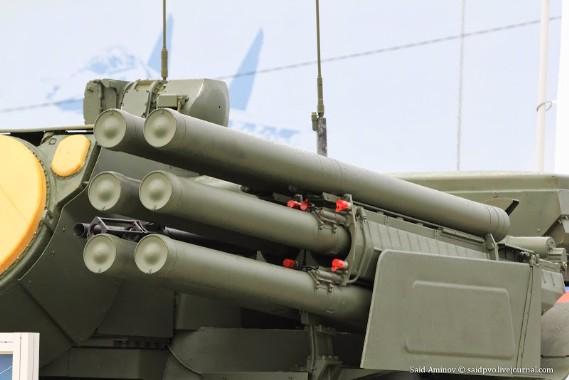 Hiện nay, Nga đang sản xuất hàng loạt các tổ hợp tên lửa – pháo phòng không Pantsir-S1 theo đơn đặt hàng của Vương Quốc Ả Rập Thống Nhất, Syria và Algeria.