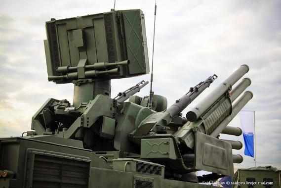 Pháo 2A38M trang bị trên tổ hợp tên lửa Pantsir-S1 có thể tiêu diệt mục tiêu ở khoảng cách 4 km và độ cao 3 km.