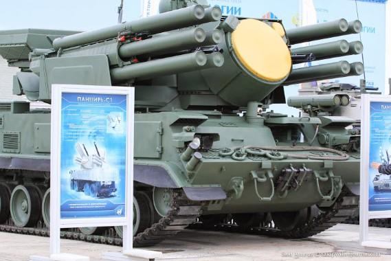 Một năm trước đây, tại triển lãm Kỹ thuật công nghệ 2012 diễn ra tại Zhukovsky, Cục thiết kế Tula đã chính thức trình làng biến thể tên lửa – pháo phòng không Pantsir-S1.