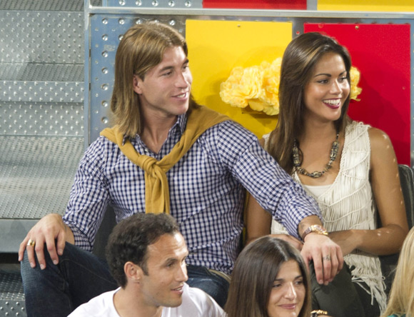"""Real 2-1 Dortmund: Real """"vô đối"""" trên mặt trận tình ái"""
