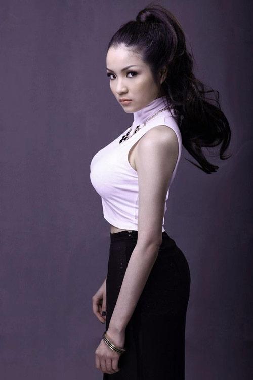 4 hot girl 'siêu vòng 1' của showbiz Việt