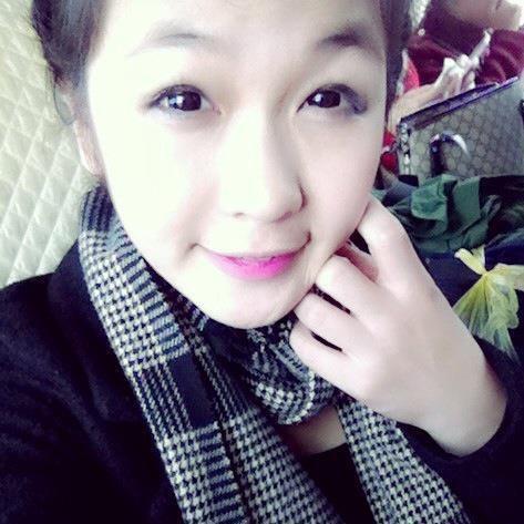 Chân dung cô gái 'bản sao' xinh đẹp hơn cả 'bản chính' Hương Tràm