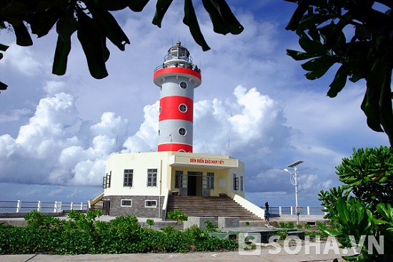 Ngọn Hải Đăng trên đảo Nam Yết vua được đưa vào sử dụng năm 2013. Ảnh: Trọng Thiết