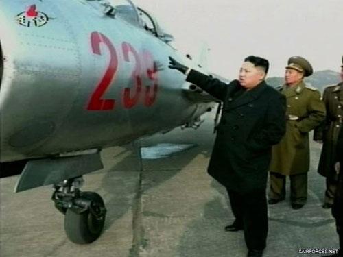 Rõ ràng, trong khi MiG-21 còn có một chút cửa thắng nếu đối chọi với tiêm kích F-4 hay F-5 của Hàn Quốc, thì F-5/6 không có khả năng giành chiến thắng nếu đối đầu trực diện với tiêm kích Mỹ, Hàn.