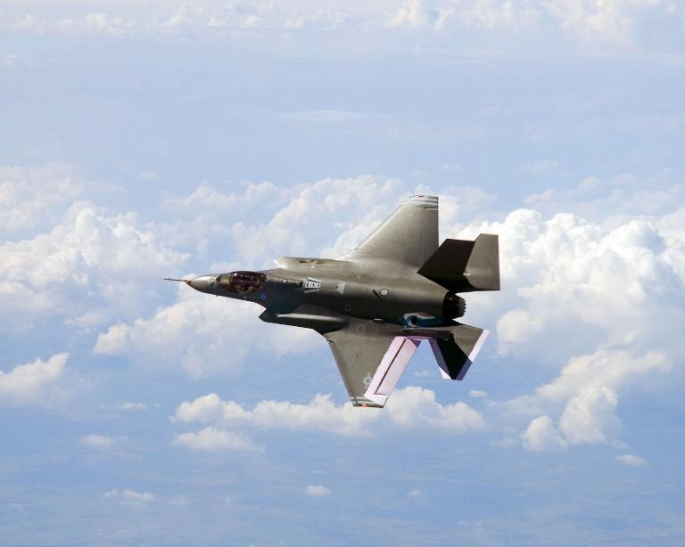 """Nga """"'vượt mặt"""" Mỹ về ưu thế không quân"""