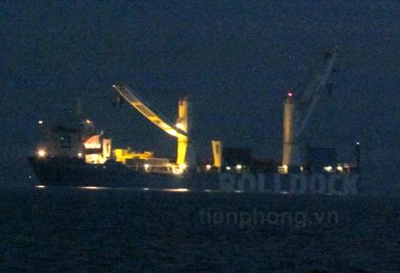 Tàu rolldock lúc 5 giờ 30 ngày 3/1