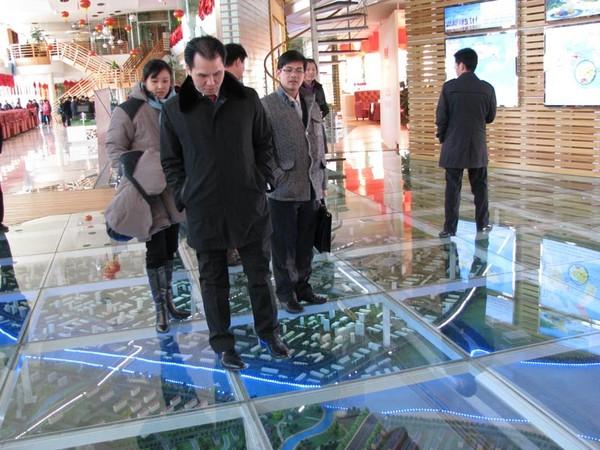 Chân dung chồng đại gia nghìn tỷ của HH Diễm Hương
