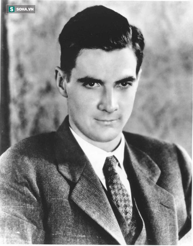 Người đàn ông giàu có từng khiến loạt mỹ nhân Hollywood say đắm - Ảnh 1.