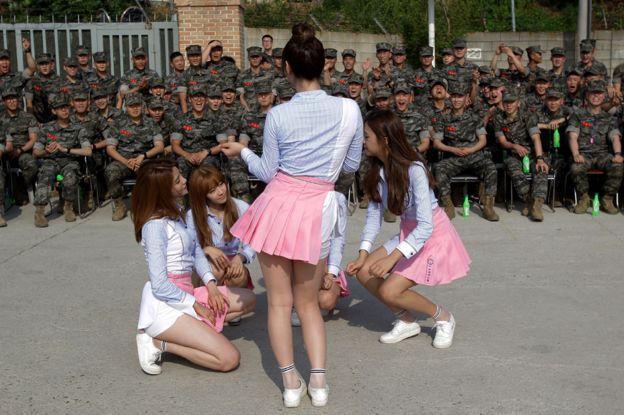 Chỉ vì 1 thứ này, nhà vệ sinh nữ tại Hàn Quốc vô tình trở thành nơi đầy ám ảnh - Ảnh 3.