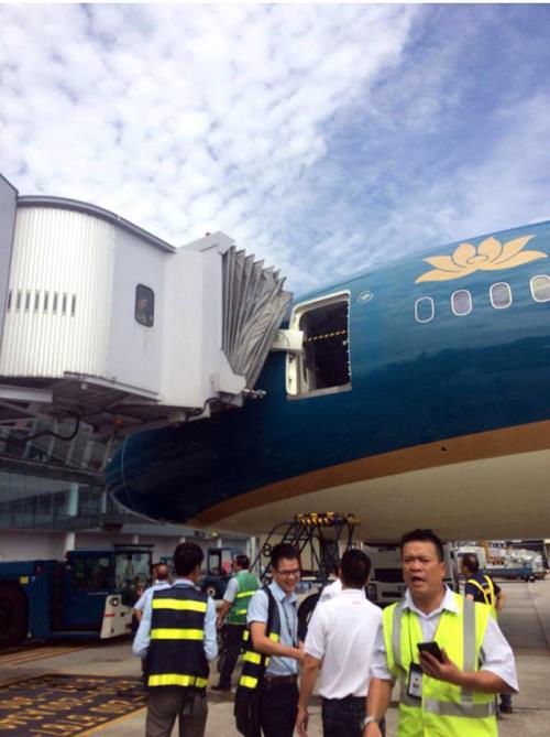 Siêu máy bay Boeing bị xô lệch cửa: Sự việc xảy ra ngoài ý muốn - Ảnh 1.