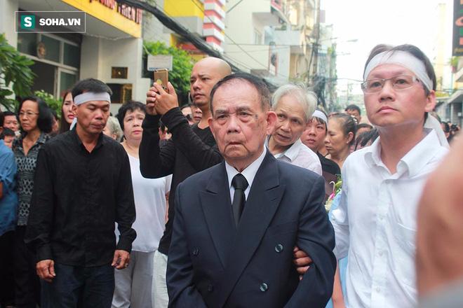 Linh cữu Minh Thuận được hỏa táng - Ảnh 20.