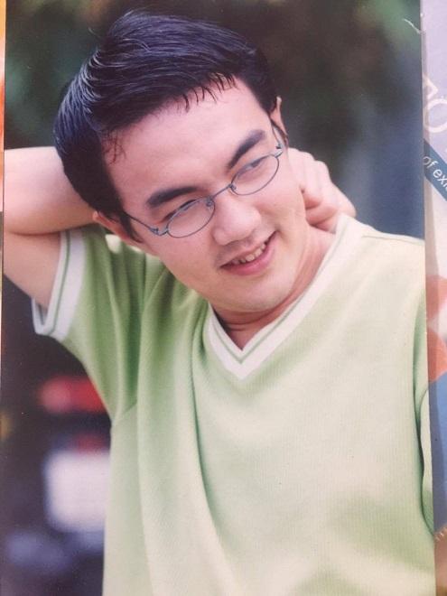 Diễn viên Quốc Thuận: Ba mất, tôi phải mượn tiền đưa xác về quê! - Ảnh 1.