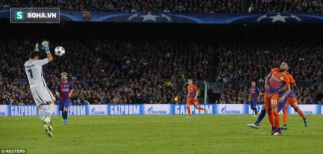 Messi vĩ đại biến thầy trò Pep Guardiola thành trò hề tại Nou Camp - ảnh 7